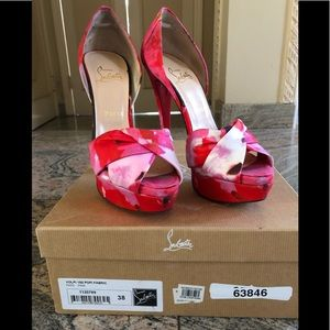 💯 authentic Christian Louboutin Heels